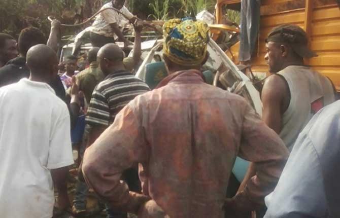 Cameroon cameroun faits divers dibombari le sous pr fet meurt dans un accident crtv - Grille indiciaire sous prefet ...
