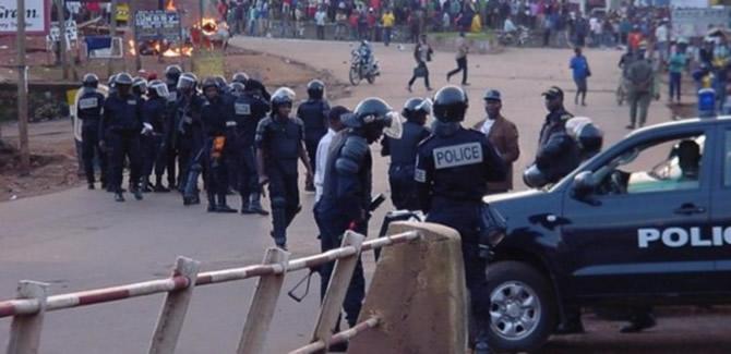 """Résultat de recherche d'images pour """"image de violences au Cameroun à Bamenda"""""""