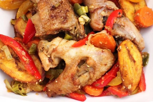 Cameroun cuisine la recette du poulet - Cuisine tv recettes 24 minutes chrono ...